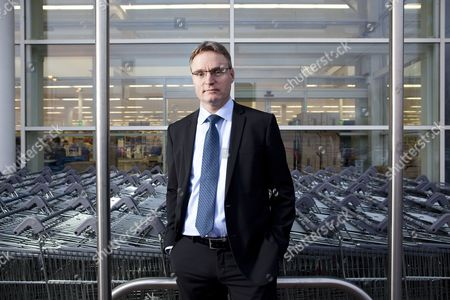 Per Bank, Tesco UK commercial director for non-food, telecoms and online, who is to join Danish food retailer Dansk Supermarked.