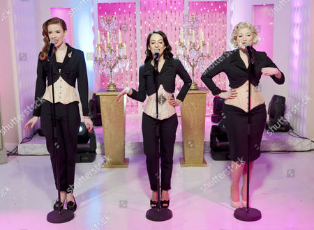 The Puppini Sisters - Stephanie O'Brien, Marcella Puppini and Kate Mullins