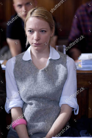 Natalie Press as Lucy Cartwright.