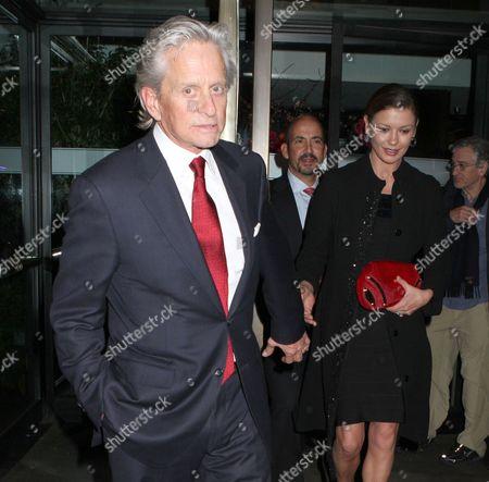 Michael Douglas and Catherine Zeta-Jones and Robert De Niro, far right