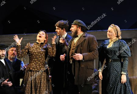 Alexis Zegerman as Rivka, Damien Molony as Matt, Antony Sher as Jacob and Abigail McKern as Ida