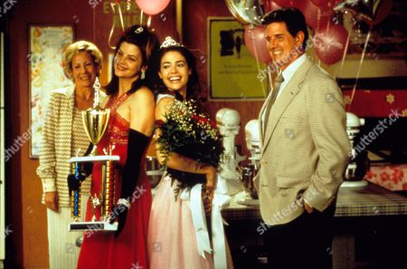Drop Dead Gorgeous,  Mindy Sterling,  Kirstie Alley,  Denise Richards,  Sam Mcmurray