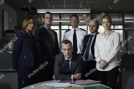 Stock Photo of Lorraine Burroughs as Winsome Jackman, Stephen Tompkinson as Dci Alan Banks, Jack Deam as Ken Blackstone and Andrea Lowe as Ds Annie Cabbot