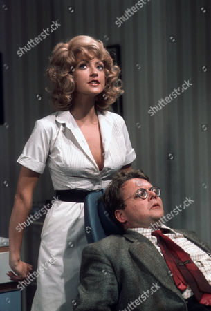 Sharon Maughan (as Sharon Mughan) as Janine Lassoo and Bill Wallis as Aldous Hooper