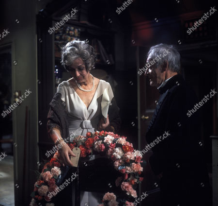 Judy Campbell as The Lady and Alan Webb as the butler