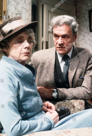 Celia Johnson as Mrs Callifer and Paul Scofield as James Callifer