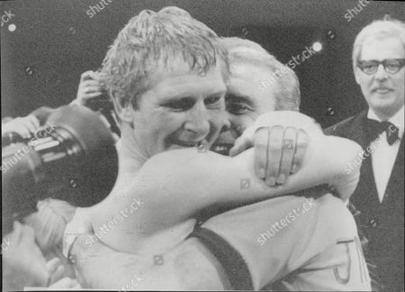 Jim Watt Boxer Hugs His Manager Terry Lawless With Promoter Mike Barrett In Background 1980.