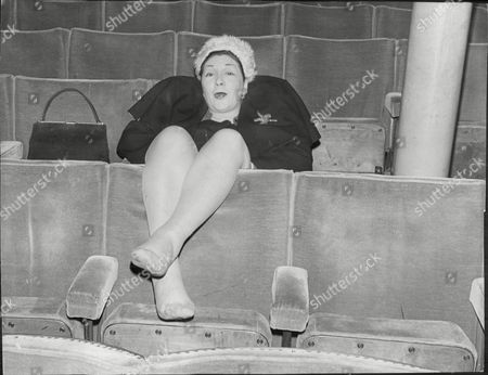 Queenie Watts Actress Singer Resting Between Rehearsals Of Show A Night At The Comedy 1975.