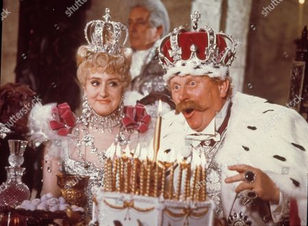 Stock Picture of Chitty Chitty Bang Bang,  Anna Quayle,  Gert Frobe