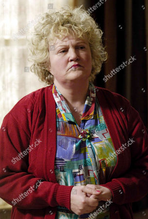 Closing The Ring,  Brenda Fricker