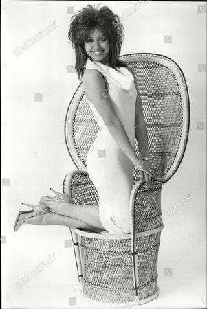 Samantha Sprackling Model From Brighton