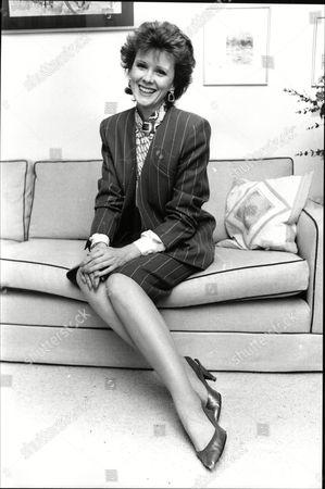 Patricia Shakesby Actress From Tv Drama Howard's Way 1988.