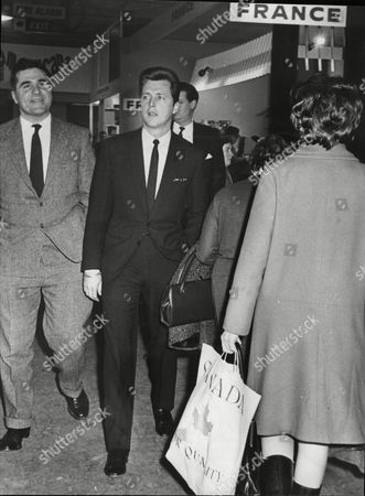 Daily Mail Ideal Home Exhibition At Olympia 1965 Actor Eddie Byrne At The Exhibition