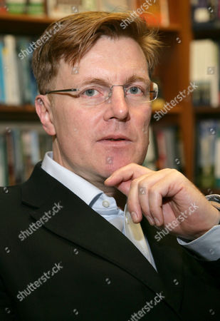 Editorial image of Nigel Warburton promoting his book 'A Little History of Philosophy' at Blackwells, Oxford, Britain - 26 Jan 2012