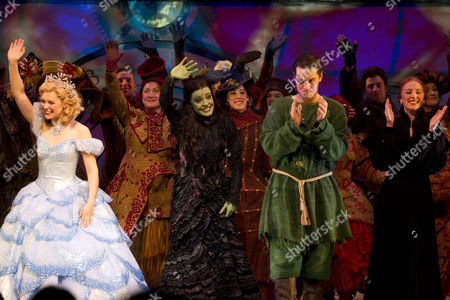 Gina Beck (Glinda), Rachel Tucker (Elphaba), Matt Willis (Fiyero) and Lillie Flynn (Nessarose)
