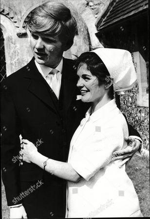 Actress Sally Smith Marries Actor John Colclough Little Bookham Surrey