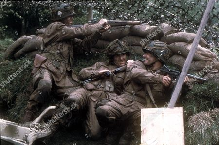 Band Of Brothers ,  Damian Lewis,  Scott Grimes,  Frank John Hughes