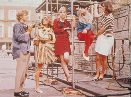 'Blow-Up' -  David Hemmings, Veruschka, Rosaleen Murray, Peggy Moffitt and Ann Norman