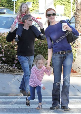 Stock Picture of Marcia Cross, Tom Mahoney with daughters Eden Mahoney and Savanah Mahoney