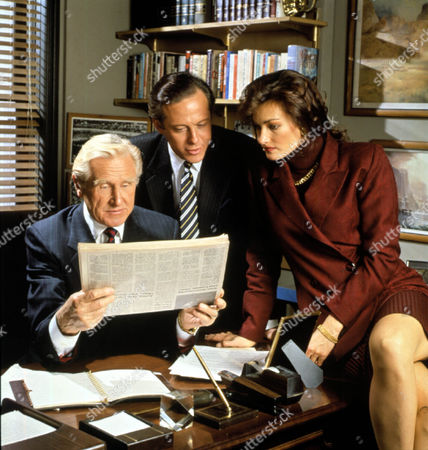 Capital News ,  Lloyd Bridges,  Mark Blum,  Chelsea Field