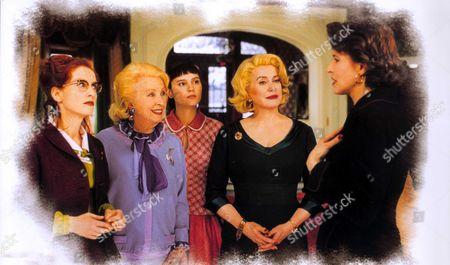 8 Women (8 Femmes),  Isabelle Huppert,  Danielle Darrieux,  Virginie Ledoyen,  Catherine Deneuve,  Fanny Ardant