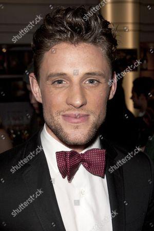 Oliver Thornton (Adam)