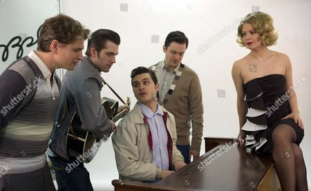 Four Actors Have Been Chosen To Recreate One Of The Most Significant Moments In Rock And Roll History. L To R: Ben Goddard (jerry Ll) Robert Britton Lyons (carl Parkins) Michael Malarkey Sitting (elvis) Derek Hagan (johnny Cash) And Francesca Jackson (dyanne Elvis's Girlfriend ) The Cast Of The The Million Dollar Quartet The New West End Musical That Tells The Story In 1956 When Elvis Johhny Cash Carl Perkins And Jerry Lee Lewis Came Together . L To R: Ben Goddard (jerry Ll) Robert Britton Lyons (carl Parkins) Michael Malarkey Sitting (elvis) Derek Hagan (johnny Cash) And Francesca Jackson (dyanne Elvis's Girlfriend ) .