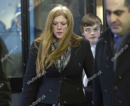 Stock Photo of Tanya Garwood Mother Of Edward Woollard At Court Today Woollard Threw Fire Etinguisher At Police During Student Protests Picture Jeremy Selwyn 11/01/2011