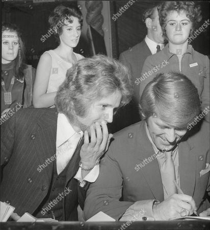 John Walker / John Maus Of Pop Group The Walker Brothers With Malcolm Roberts Singer Sign Autographs 1970.