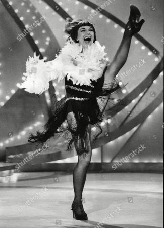 Actress And Dancer Elizabeth Seal Recording The Ronnie Corbett How For Bbc Tv