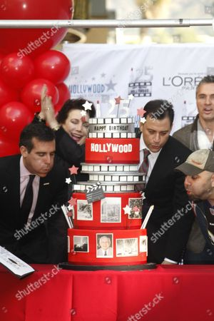 Eric Garcetti, Jimmy Kimmel and Duff Goldman
