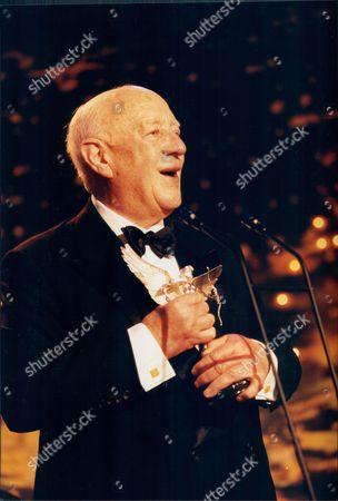 Sir Alec Guinness Receives His Award At The Evening Standard Drama Awards