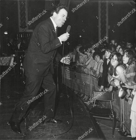 Actor Glyn Owen Singing At The Weekend Mail Ball 1967.