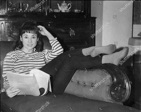 Carole Ann Ford Actress Reading Script On Sofa 1963.