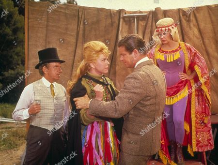 Jumbo,  Jimmy Durante,  Doris Day,  Stephen Boyd,  Martha Raye