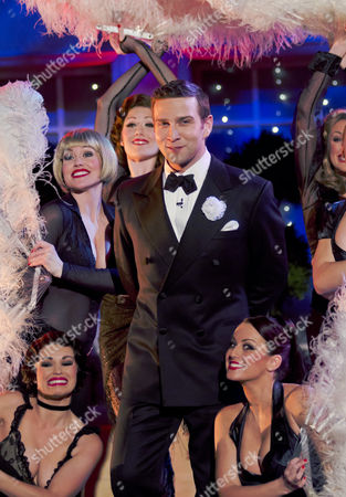 Stefan Booth with The Cast of Chicago