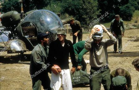 M A S H (Mash) Fred Williamson,  Donald Sutherland,  Elliott Gould