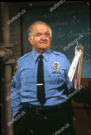 Hill Street Blues ,  Robert Prosky
