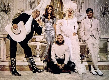Myra Breckinridge,  John Huston,  Raquel Welch,  Rex Reed