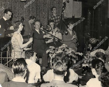 Chris Barber's Jazz Band - Back - Eddie Smith, Ron Bowden and Dick Smith.  Front - Ottilie Patterson, Chris Barber, Pat Halcox and Monty Sunshine