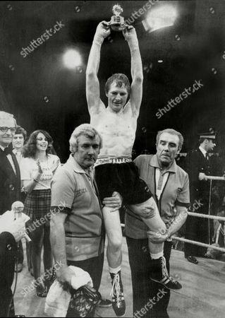 Jim Watt Boxer Carried Shoulder High After Beating Charlie Nash 1980.