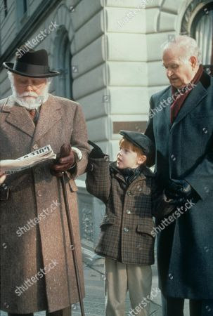 Miracle On 34th Street,  Richard Attenborough,  Casey Wurzbach,  Robert Prosky