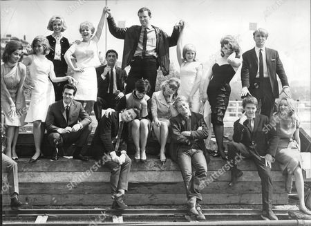 Group Shot Of Repertory Actors; Jill Curzon Susan Hampshire Nyree Dawn Porter Julia Foster Michael Coles Barbara Ferris Heller Toren Mike Sarne James Fox Colin Campbell Sean Lynch Dudley Sutton Catherine Woodville Julie Christie Drewe Henley David Weston And Jennifer Hill 1963.