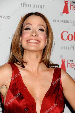 Jeannette Torres-Alvarez in Carlos Miele