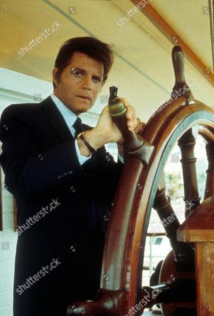 Hawaii 5-o ,  Jack Lord