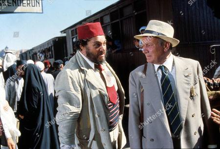 Indiana Jones And The Last Crusade,  John Rhys-davies,  Denholm Elliott