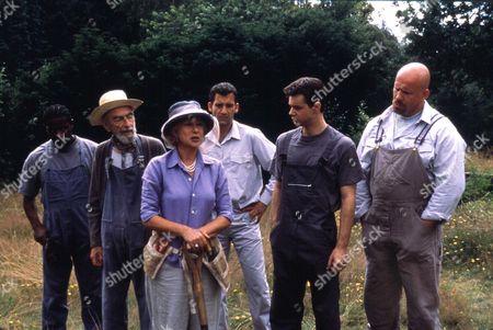 Greenfingers,  Paterson Joseph,  David Kelly,  Helen Mirren,  Clive Owen,  Danny Dyer,  Adam Fogerty