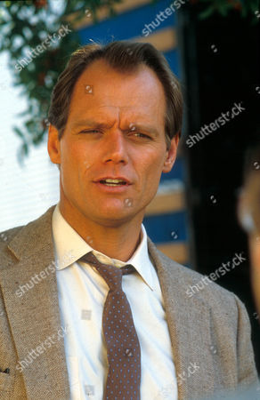 Hunter ,  Fred Dryer