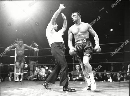 Tony Sibson V Frank Tate For Boxing Middleweight Title Fight Bingley Hall Stratfford Tate Was Winner 1988.