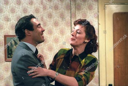 Clinton Greyn and Maggie Steed